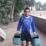 Pour tous les espaces communs, les garçons arrosent, nettoient et aménagent lors de leurs ateliers