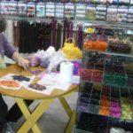 Participer aux achats, prendre soin de l'artisanat.