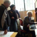Son action au Pérou consiste aussi désormais coordonner les dossiers administratifs avec Anne la secrétaire et Jean-Louis le fondateur.